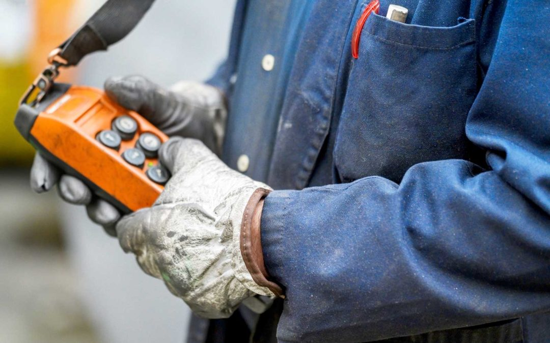 Safety & Use of Overhead Crane Controls
